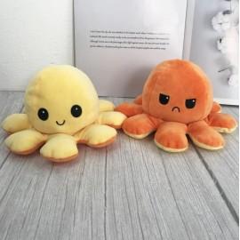 A Tik Tok sztárjai : Kifordítható polip plüss vidám/mérges világítós sárga-narancssárga