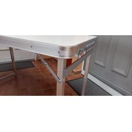 Összecsukható, állítható alumínium kemping árusító asztal 120x60cm