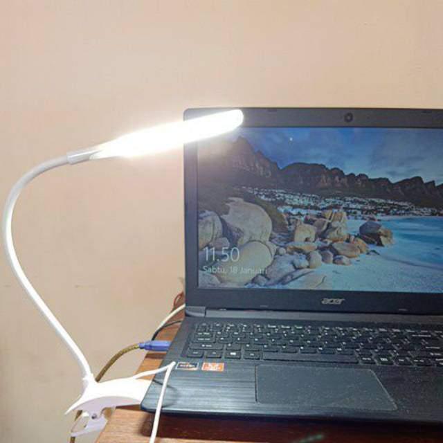 Csiptetős led asztali olvasó lámpa csipeszes USB-s
